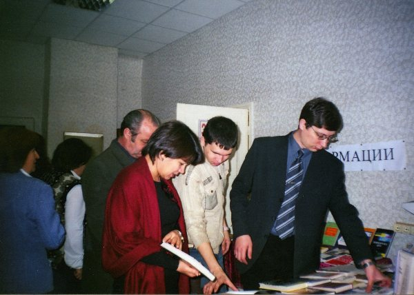 library_003